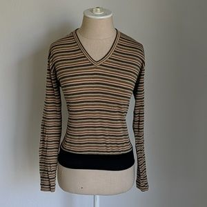 Vintage 70s long sleeve stripped too vneck